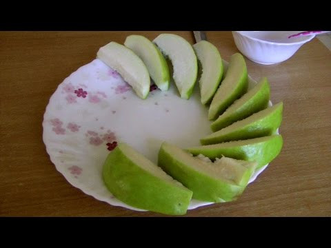 How To Cut And Eat An Apple Guava