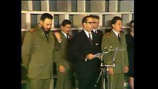 Leonid Brézhnev y Fidel Castro Orden José Martí 1974  1/3