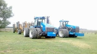 Two New Holland Articulated Tractors working side by side in Kent 2012