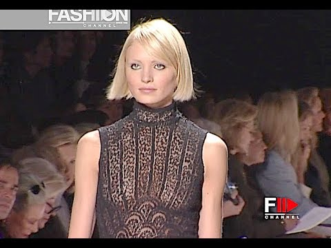 OSCAR DE LA RENTA Spring Summer 2001 New York - Fashion Channel