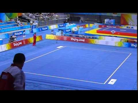 2008北京奧運 武術項目第一天賽程 8月21日 全場為陳少騏唱生日快樂 - YouTube