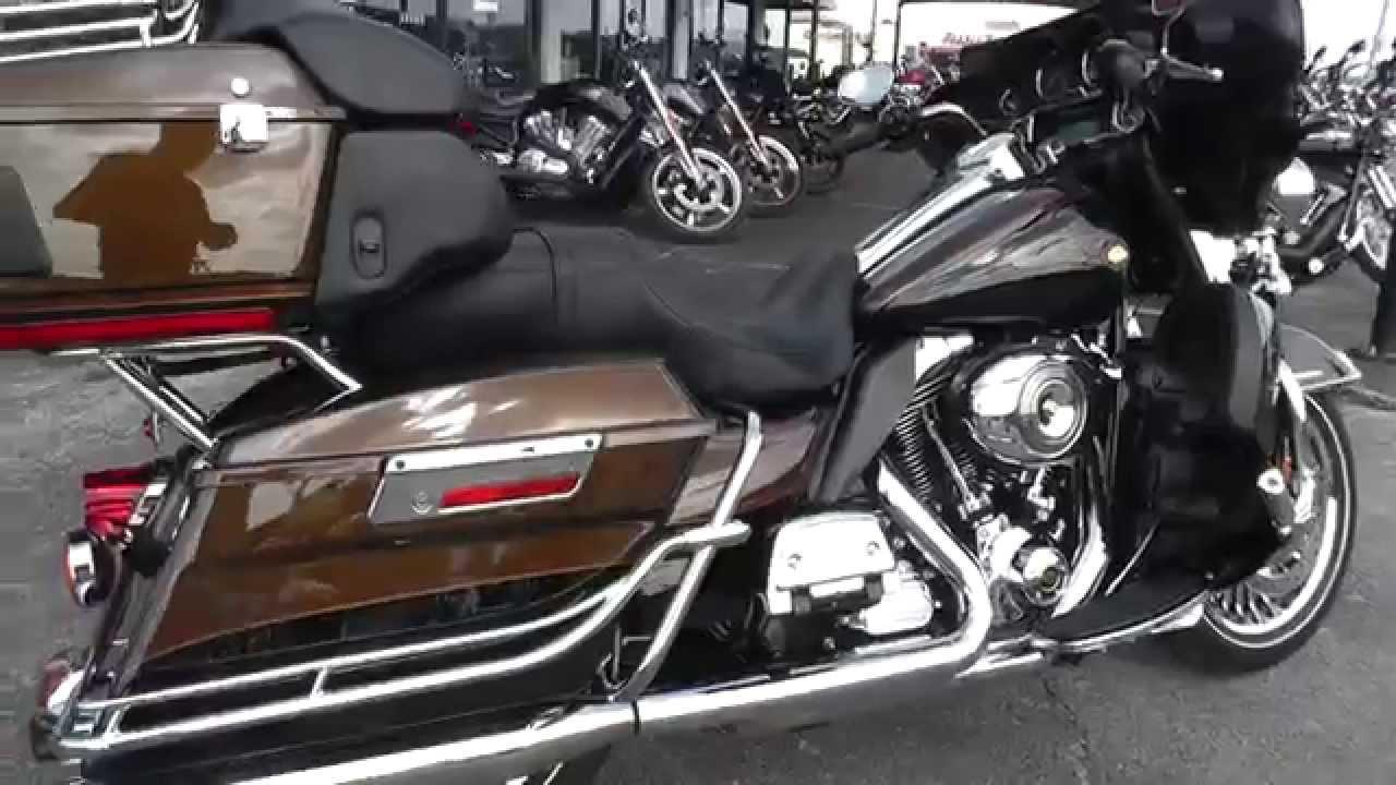673627 - 2013 Harley Davidson Ultra Limited 110th Anniversary FLHTK