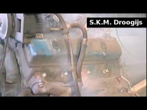 auto motorblok oldmobile reinigen stralen met droogijs youtube