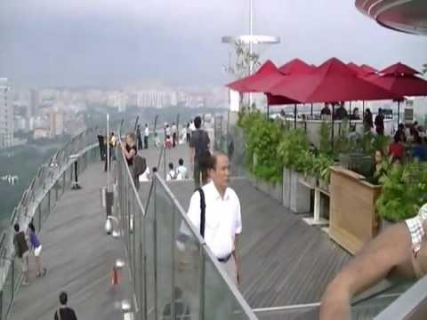 Marina Bay Sands Integrated Resorts & Skypark (6 Oct 2011)