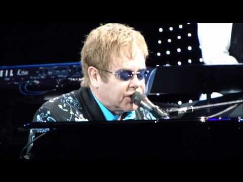 Elton John Concert Review Los Angeles CA Union Tour For CNN