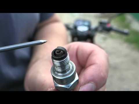 Как по состоянию свечи выявить неполадки в двигателе.