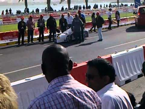 F1 warm up race - Amazingly fast car - Al Corniche, Doha, Qatar
