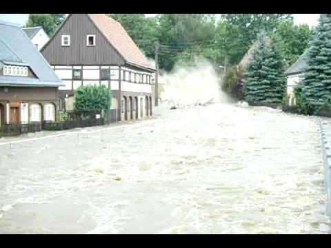 Groschnau Hochwasser Hauseinsturz an der Lausur