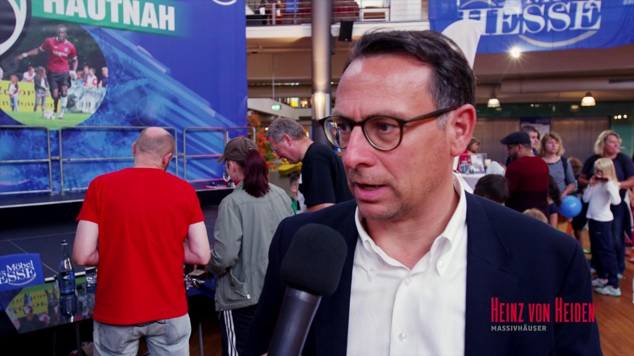 Hannover 96 Hautnah Die Fussballstars Zum Anfassen Bei Mobel Hesse