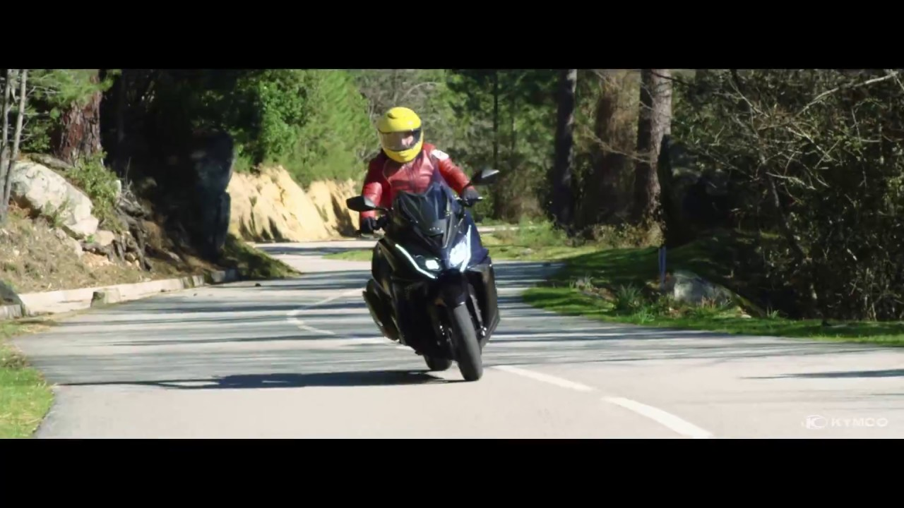 kymco ak 550i abs the thrills of touring youtube. Black Bedroom Furniture Sets. Home Design Ideas