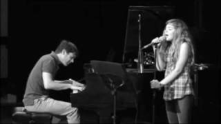 Caroline Costa - When I look at you (cover)