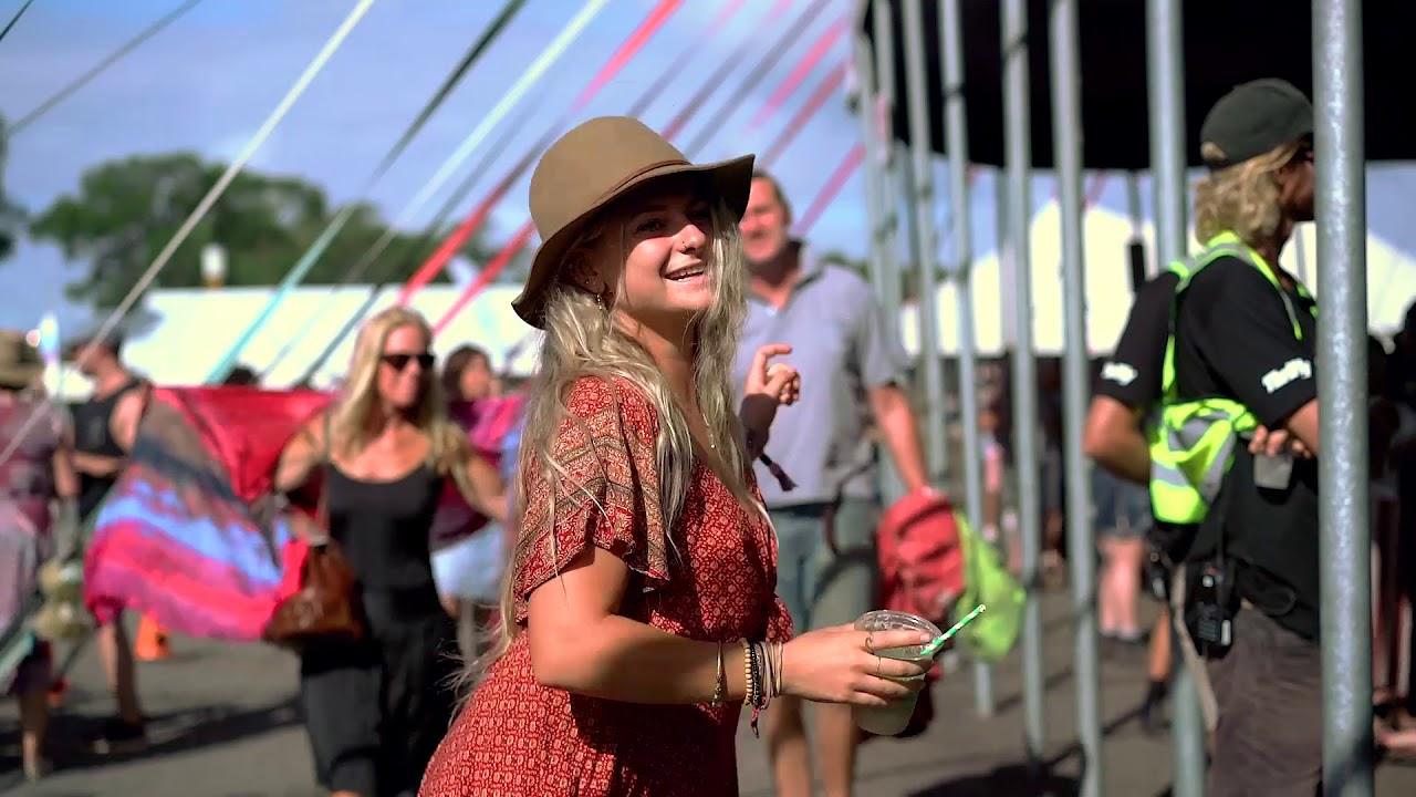 Look - Street best style byron bays bluesfest video