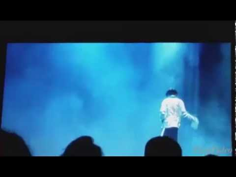 Mr. Moonwalker live at the admiral theater: behind the scenes