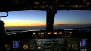 Bologna to Bari in the Cockpit 737-400