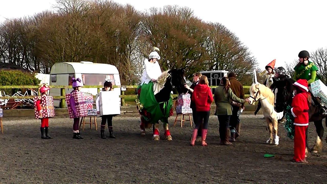 Christmas horse dress up ideas - Lochhill Pony Club Christmas Fancy Dress Youtube