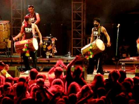 The dhol foundation II - Live Trutnov, Czech Open Air festival