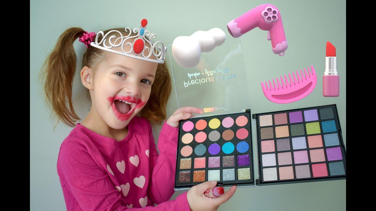 Джессика как принцесса делает макияж. Красавица и чудовище ...