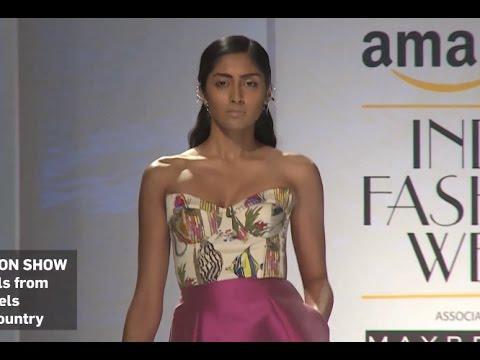 ITALIAN FASHION SHOW Spring Summer 2017 | INDIA Fashion Week by Fashion Channel