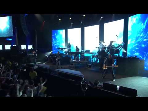 Linkin Park - Waiting For The End (London, iTunes Festival 2011)