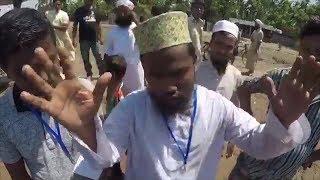 Arakanlı Müslümanlar Türkleri görünce
