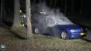 Auto brandt volledig uit in Egchel
