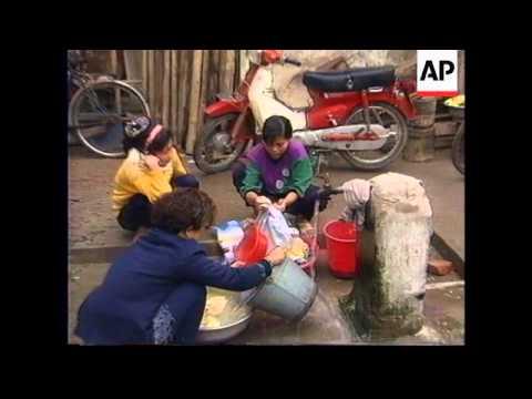 VIETNAM: HANOI: VIETNAMESE WORKERS FROM GERMANY RETURN HOME