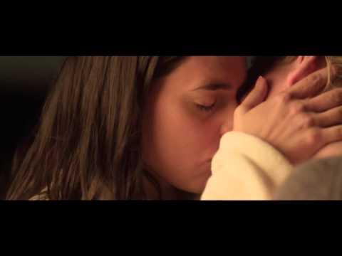 Поцелуй меня - Kyss mig, Mia and Frida (история Мии и Фриды). (Ruth Vega Fernandez and Liv Mjönes)