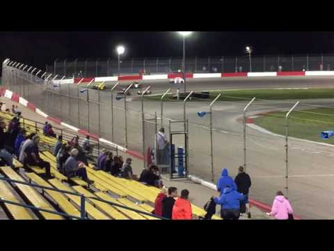 Legend feature race Jefferson speedway
