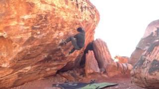 monkey bar right v6 red rocks