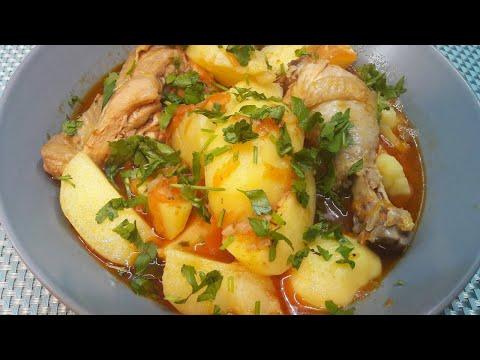 Как вкусно потушить картошку с курицей