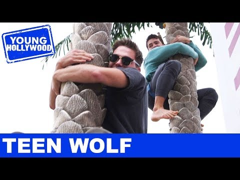 Cody Christian & Dylan Sprayberry: Coconut Tree Challenge!