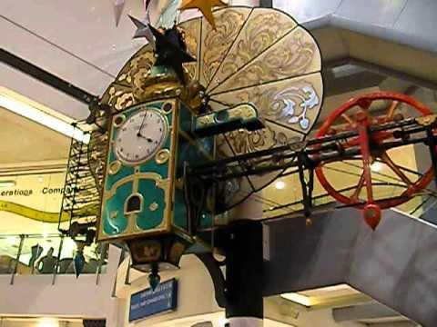 The Frog Musical Clock Central Milton Keynes - Magical