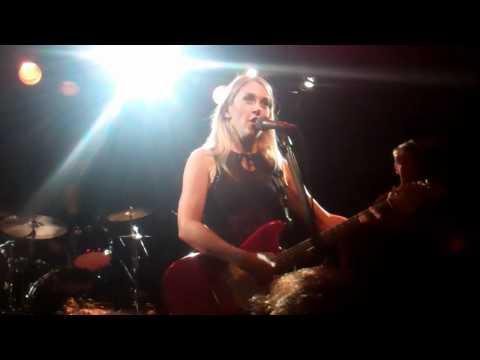 Girls Room  - Liz Phair, Paradise Boston 12/15/2010
