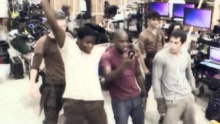 Танец актёров из фильма