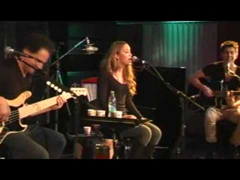 Agnes Carlsson - Release Me - P3 Live Session
