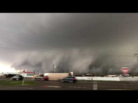 INTENSE! tornado producing supercell threatens Cactus, Texas