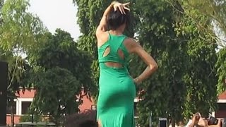 very hot dance moves by sexy nora fatehi dance at hansraj college du