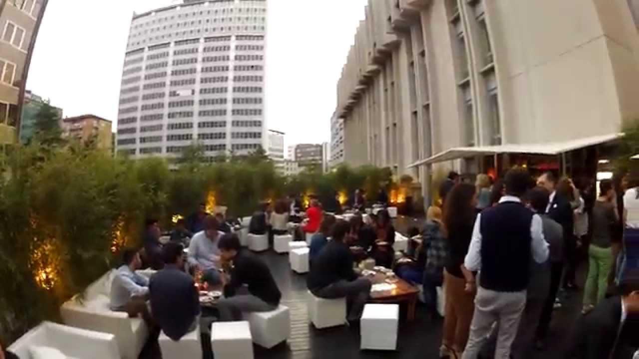 Promo LE JEUDI @ Eleven Rooftop & Eleven Clubroom || Aperitivo ...