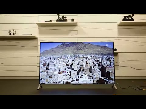 Unboxing The New Ultra Slim X900C Sony TV (4K Ultra HD)