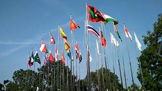 Download Video 45 Bendera Negara Peserta Asian Games 2018 Resmi Berkibar di Jakabaring MP3 3GP MP4