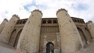 Exteriores de la Aljafería de Zaragoza