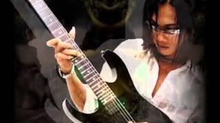 Download lagu Thomas Arya ~ Hati Berlukis Rindu