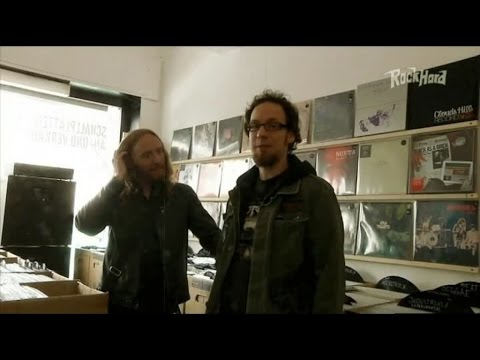 Dark Tranquillity - Vinyl shopping with Mikael Stanne