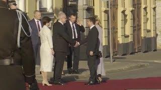 Латвия торжественно встречает президента Украины Владимира Зеленского с супругой Еленой
