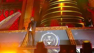 Скачать Tiësto Aloe Blacc Plays Wake Me Up For Avicii RIP EDC 2018