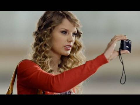 Taylor Swift Sony TX7 Cyber-shot Camera Commercial