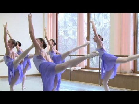 Disegno Di Una Ballerina Classica : Disciplina e passione i giovani ballerini che sognano il bolshoi