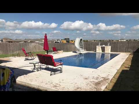 Blue Bottom Pool & Spa Supply - Cedar Park, TX - Fiberglass Pool Build