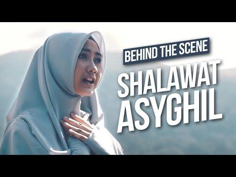 [-di-balik-layar-]-lagu-shalawat-asyghil---alfina-nindiyani-&-ibnu-the-jenggot---itj-vlog-#7