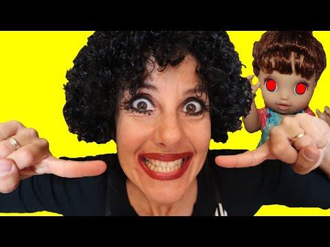 MAMMA CLAUDIA diventa la Bambola dispettosa di Halloween!